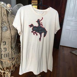 Levi's cowgirl t-shirt. Size XL. EUC